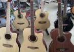 Box Guitar in Gampaha