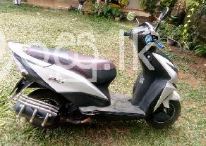 Honda Dio in Gampaha