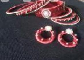 Hand made jewelry set in Mawathagama