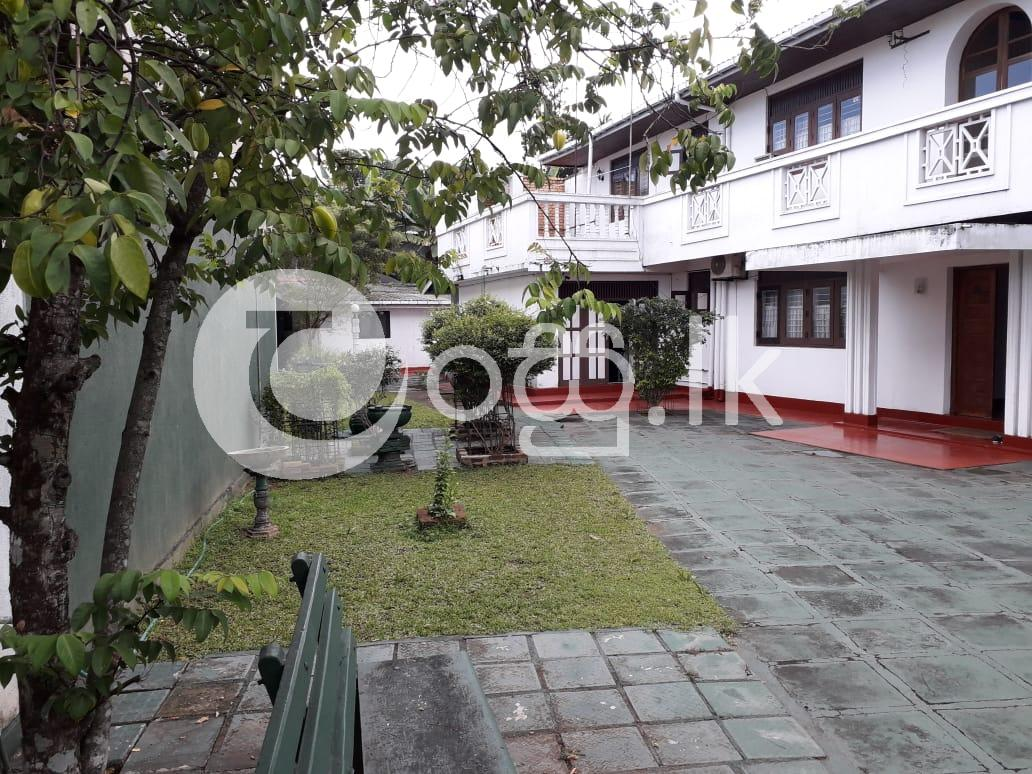 Two Storied House for Lease or Rent in Makumbura. Houses in Pannipitiya