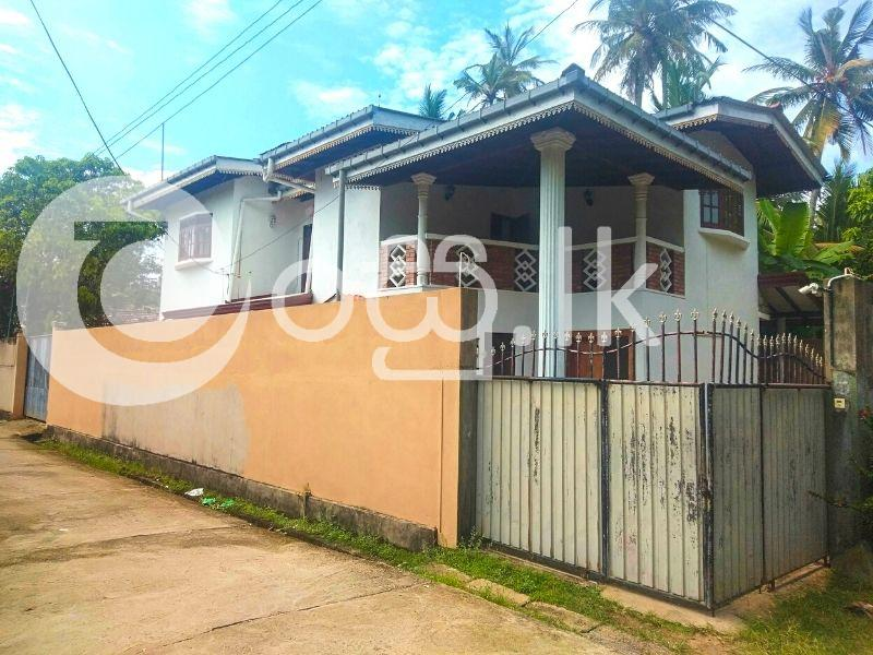 A Spacious Two Storied House Houses in Ambalangoda