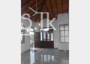 Newly built upstairs luxury house for rent in Angoda in Angoda