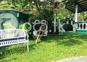 Land with house in Kalutara