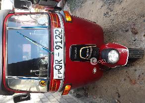 QR 9122 BAJAJ AUTO 4 STROCK  in Trincomalee