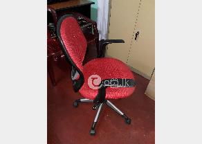 Damro Executive Chair in Ja Ela
