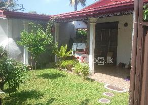 Katubedda house very close to Galle Road for Sale  in Moratuwa