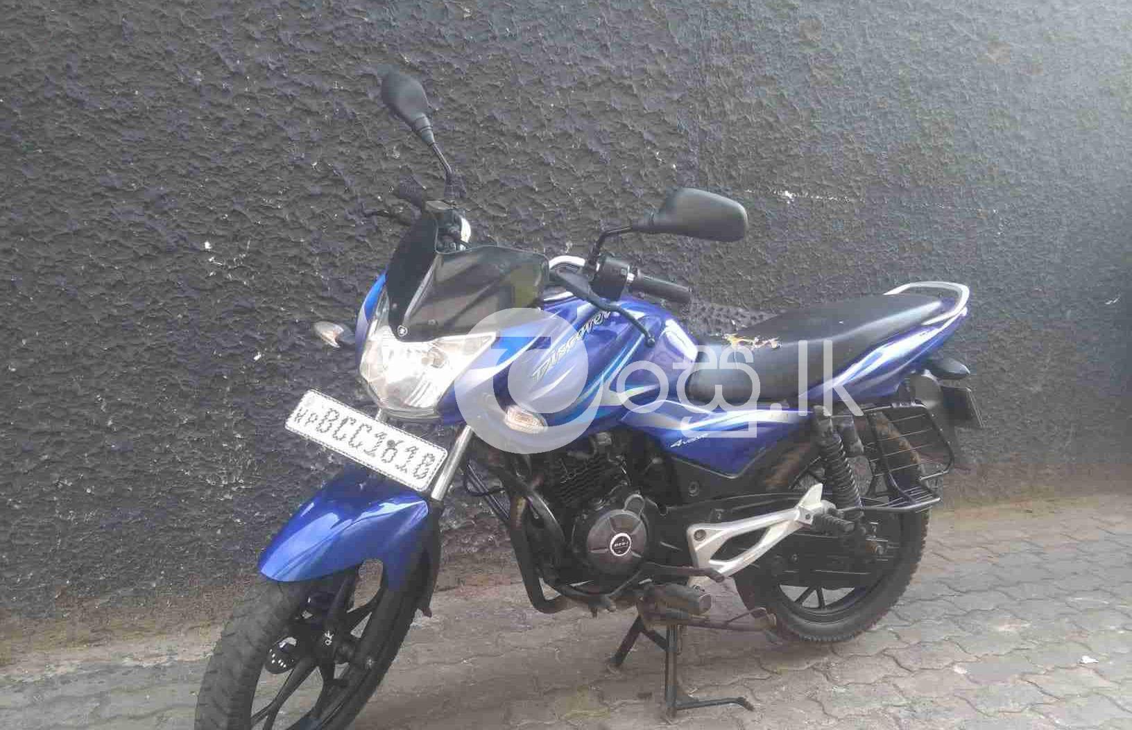 BAJAJ DISCOVER 125 M Motorbikes & Scooters in Ratmalana