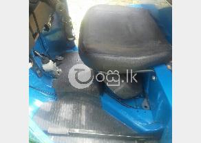 Bajaj three wheel in Gampaha