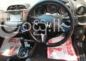 Honda Fit Shuttel in Aluthgama
