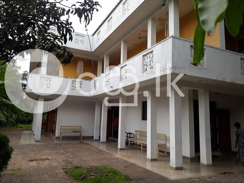 COMMERCIAL BUILDING FOR SALE IN PANADURA. Houses in Panadura