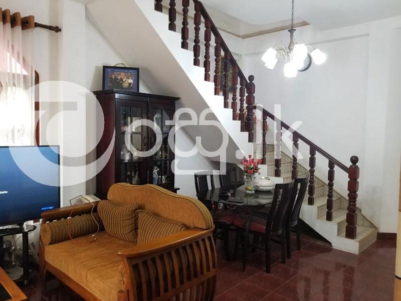 Beautifully House For Sale or Rent in Kaduwela. Houses in Kaduwela
