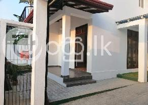 House for Sale or Rent in Maththegoda Kottawa in Kottawa