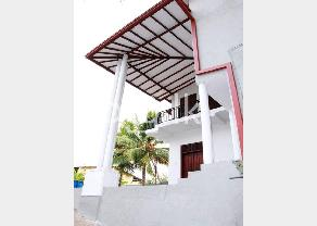 Beautifully Three Storied House for Sale in Kelaniya in Kelaniya