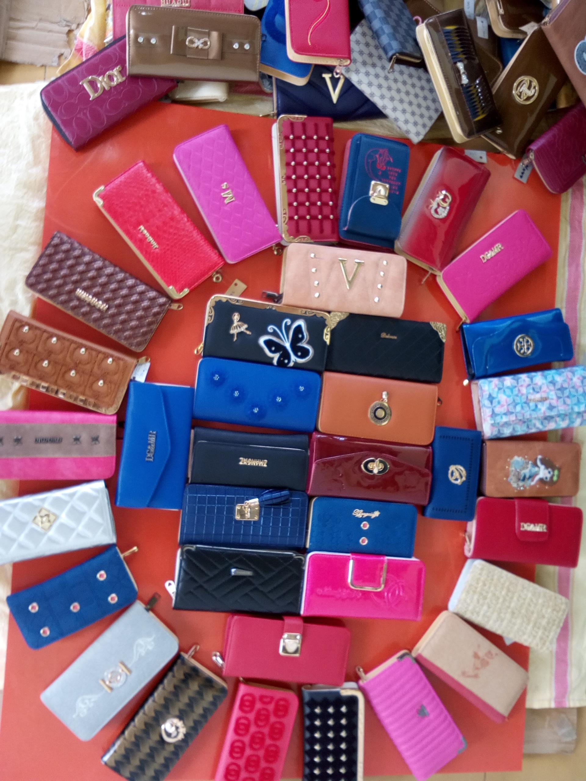 Ladies purse,Handbag,etc...  in Panadura