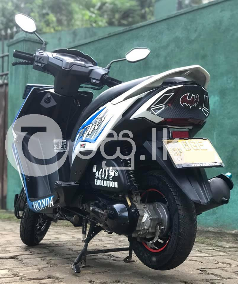 Honda Dio 2018 Motorbikes & Scooters in Kandy