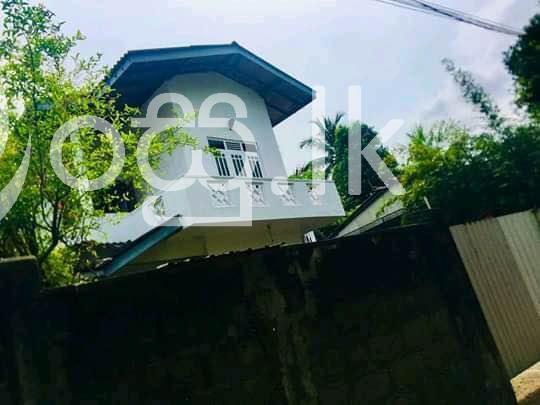 සුපිරි ගෙයක් Houses in Colombo 1