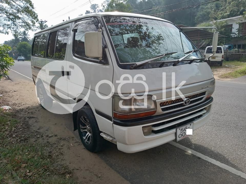 Toyota dolphin 113 Vans, Buses & Lorries in Kegalle