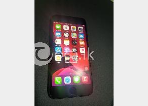 Apple iphone 8 in Malabe