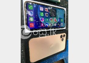 Apple 11 pro 64gb in Hikkaduwa