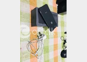 Iphone 8 64 GB  in Panadura