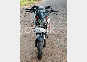 Bajaj Pulsar Ns200 in Gampaha