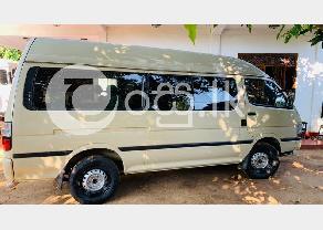 Toyota Hiace Dolphin GL in Negombo