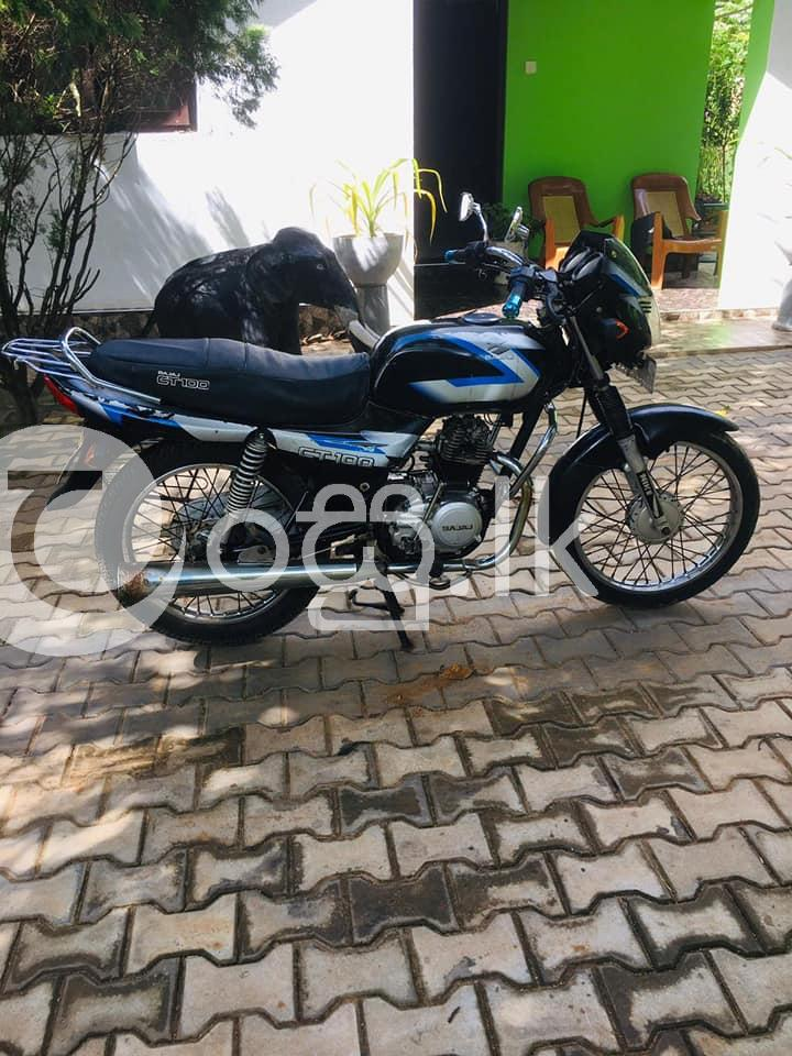Bajaj CT 100 Motorbikes & Scooters in Kurunegala