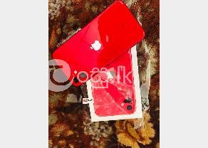 I PHONE 11 RED in Kaduwela