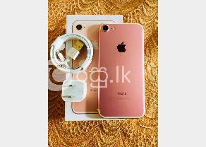 Apple 7 128GB  in Kaduwela
