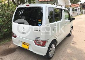 SUZUKI WAGON R FX 2017 in Negombo
