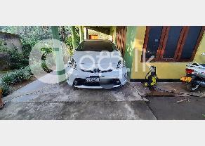 Toyota prius 3rd gen in Anuradhapura