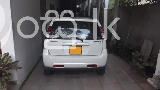 Suzuki Swift Cars in Nugegoda