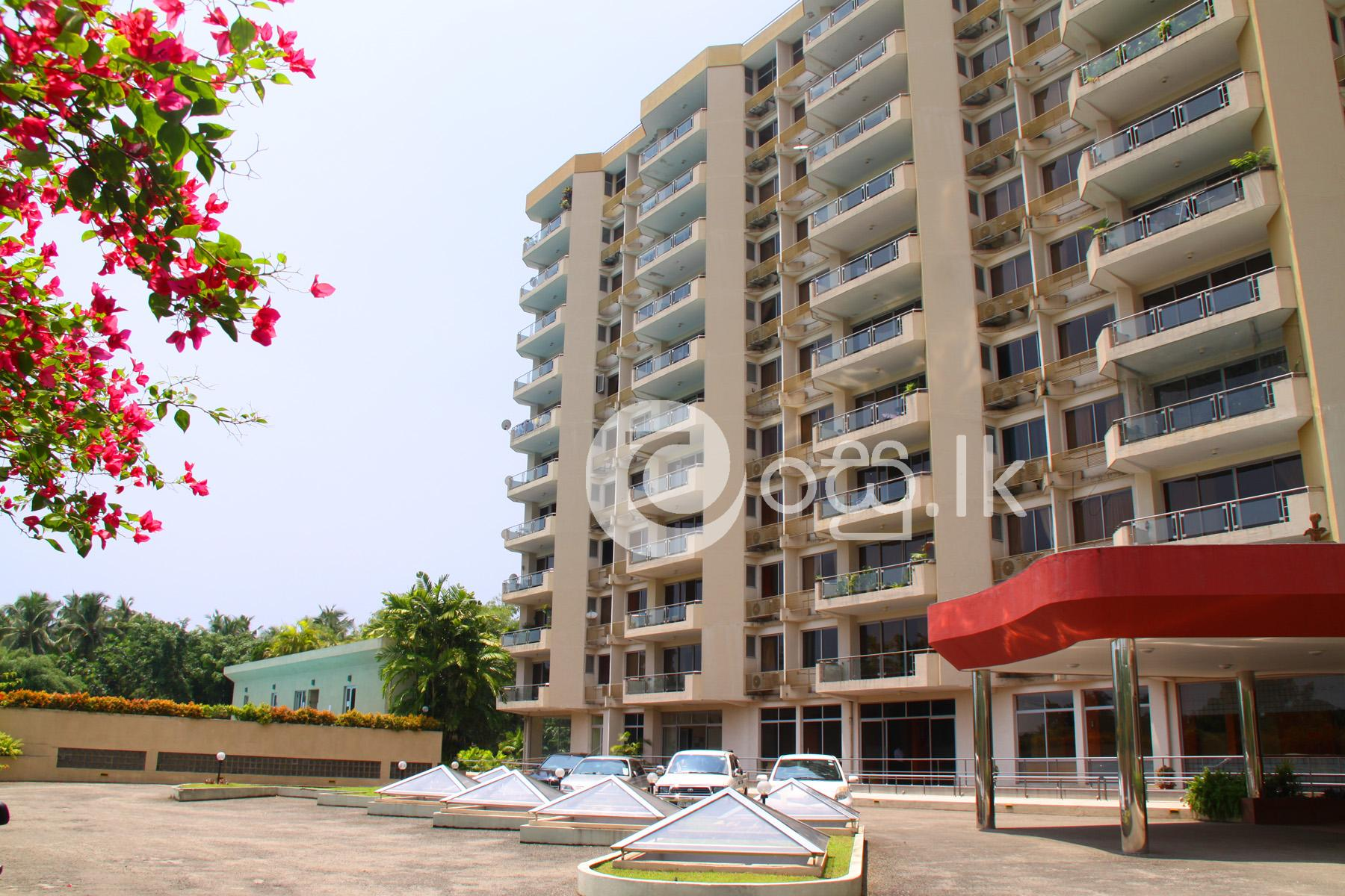 Fully Air Conditioned Luxurious Penthouse Apartment  in Nugegoda